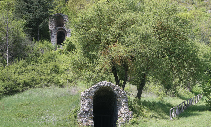 Ingresso dei cunicoli di Claudio - Versante di Avezzano