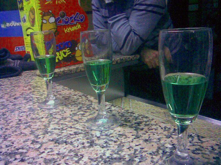 liquori-tipici-abruzzesi-centerba-2