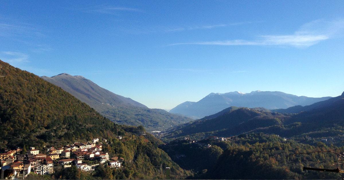 Valle Roveto vista da Capistrello