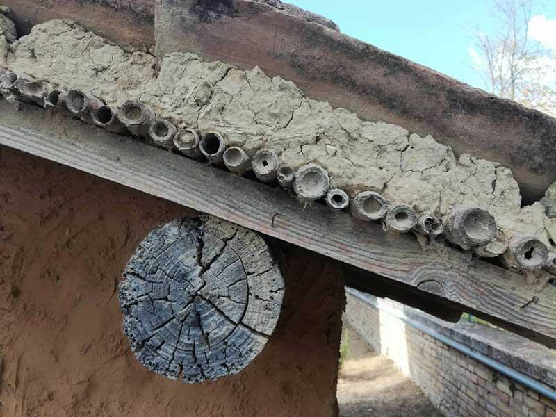 tetto-casa-terra-cruda-abruzzo